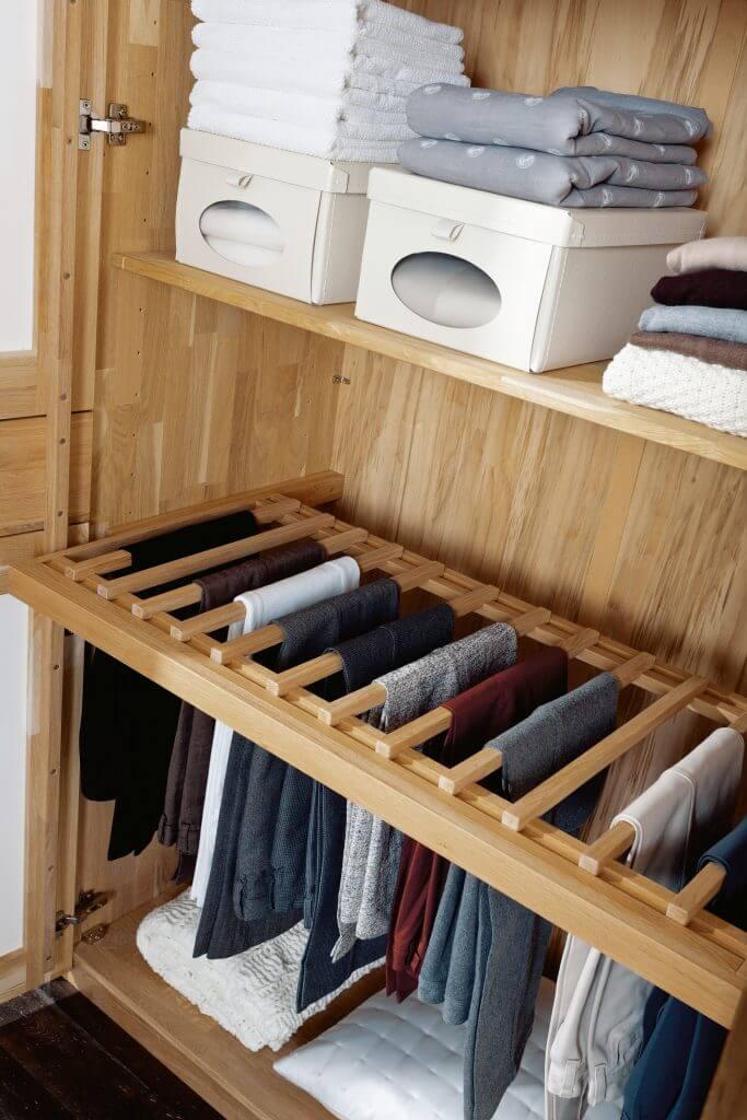 Hosenhalter Kleiderschrank