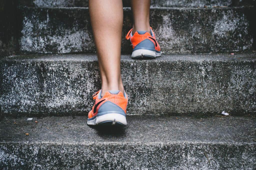 Laufschuhe Treppe