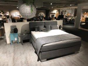 Schlafzimmer in grau bei Möbel Kuboth